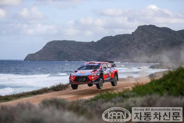 현대자동차 월드랠리팀, 2020 WRC 이탈리아 랠리 우승.jpg
